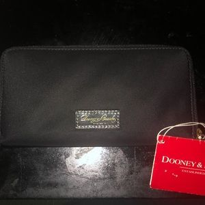 Black Large Dooney & Bourke Wallet